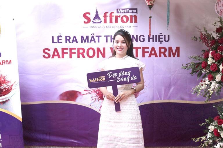 Chị Phong tại buổi lễ ra mắt thương hiệu Saffron Vietfarm