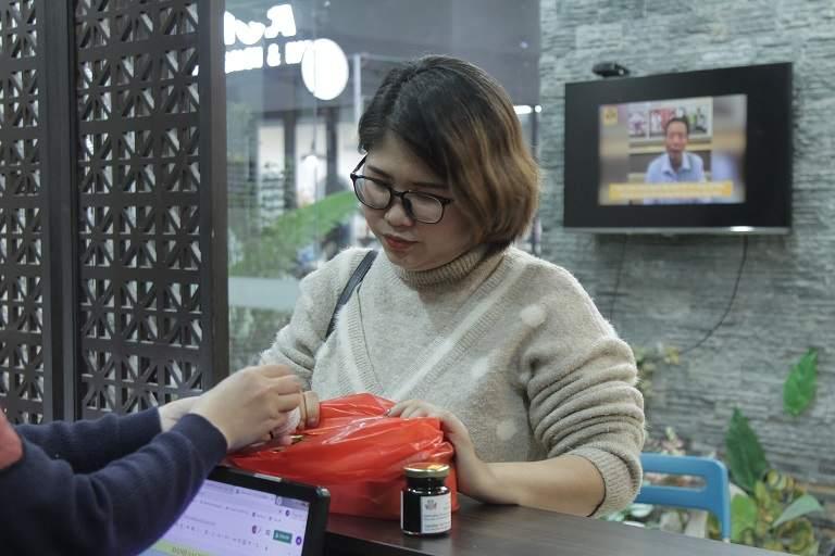 Mẹ bầu 9X tìm đến nhà thuốc Đỗ Minh Đường để chữa viêm họng mãn tính