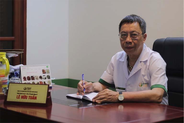 Thấy thuốc Lê Hữu Tuấn - Một trong những chuyên gia YHCT đầu ngành đánh giá rất cao về hiệu quả bài thuốc Bổ thận Đỗ Minh